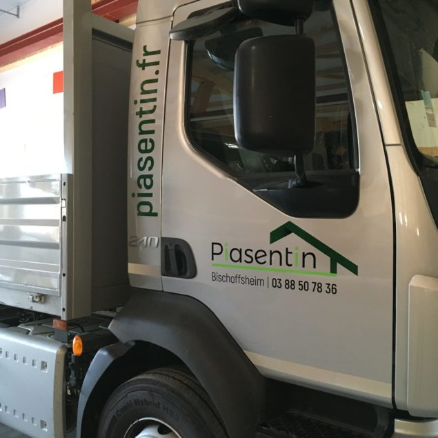 Marquage véhicule pour Piasentin